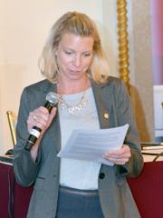 Annie Levin